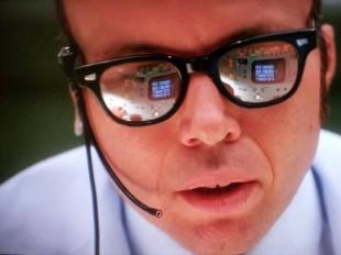 man-wearing-glasses