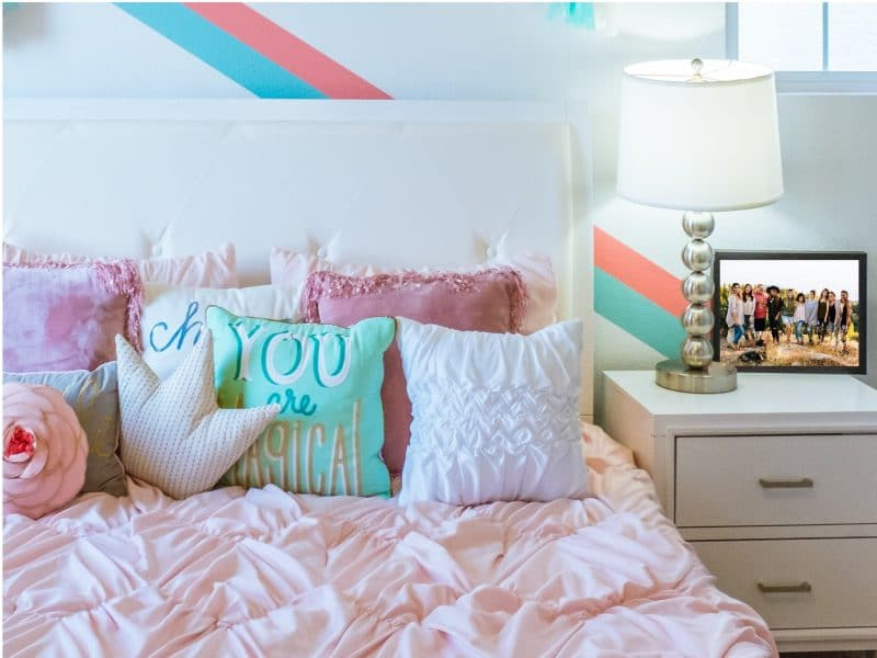 Tips For Turning Your Dorm Room Into A Cozy Place Church